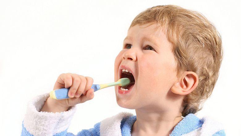 Internationaal onderzoek: kinderen te laat naar tandarts
